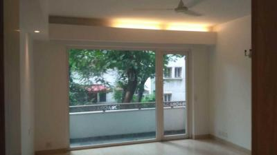 Gallery Cover Image of 10000 Sq.ft 5+ BHK Independent House for rent in West End for 500000