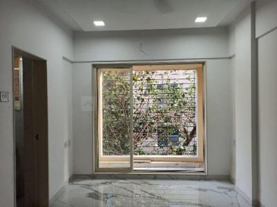 Gallery Cover Image of 600 Sq.ft 1 BHK Apartment for buy in Lower Parel for 18100000