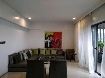 Gallery Cover Image of 1800 Sq.ft 3 BHK Apartment for buy in Santacruz West for 77100000