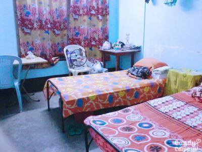 Bedroom Image of Sutapas PG in Behala