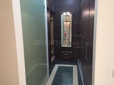 सिल्वरग्लेड्स द आईवीवाई, डीएलएफ़ फेज 4  में 4  खरीदें  के लिए 4 Sq.ft 4 BHK अपार्टमेंट के बेडरूम  की तस्वीर