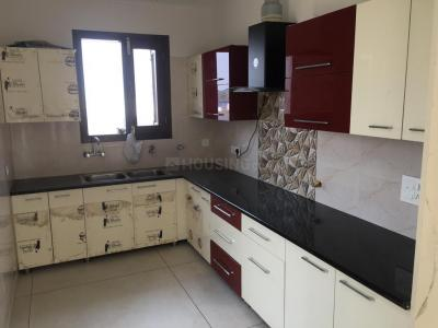 Gallery Cover Image of 1200 Sq.ft 1 BHK Independent Floor for rent in Sector 78 for 13000