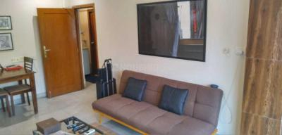 Gallery Cover Image of 700 Sq.ft 1 BHK Apartment for rent in Santacruz West for 53000