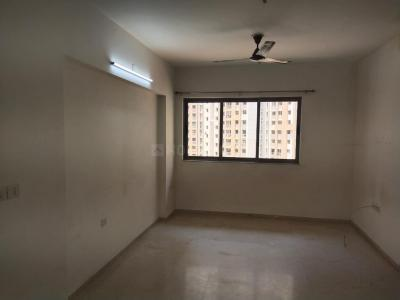 Gallery Cover Image of 1250 Sq.ft 3 BHK Apartment for rent in Lodha Splendora, Thane West for 23000