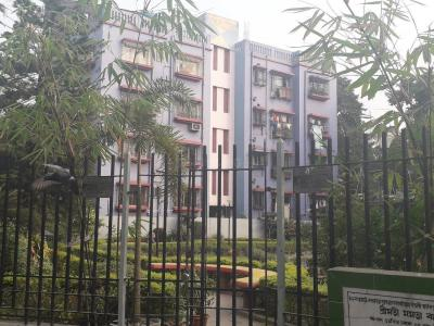 Gallery Cover Image of 1150 Sq.ft 3 BHK Apartment for rent in Lake Gardens for 25000