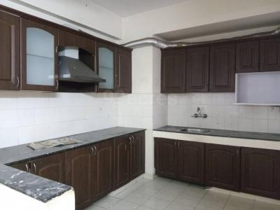 Gallery Cover Image of 1950 Sq.ft 3 BHK Apartment for rent in Bestech Park View Residency, Palam Vihar for 28000
