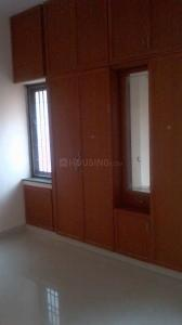 Gallery Cover Image of 1200 Sq.ft 3 BHK Apartment for rent in Velachery for 20000