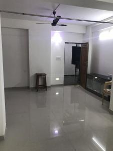 Gallery Cover Image of 1200 Sq.ft 3 BHK Apartment for rent in Sholinganallur for 18000