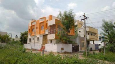 Gallery Cover Image of 850 Sq.ft 3 BHK Independent Floor for rent in Selaiyur for 12000