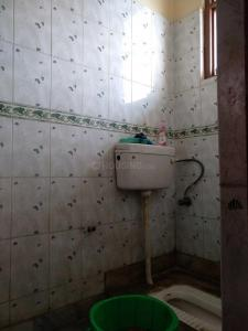 Bathroom Image of PG 3807017 Pul Prahlad Pur in Pul Prahlad Pur