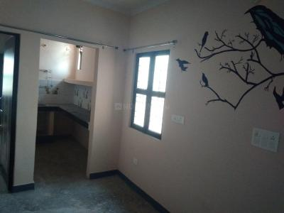 Gallery Cover Image of 450 Sq.ft 1 BHK Independent Floor for rent in Nai Basti Dundahera for 4500