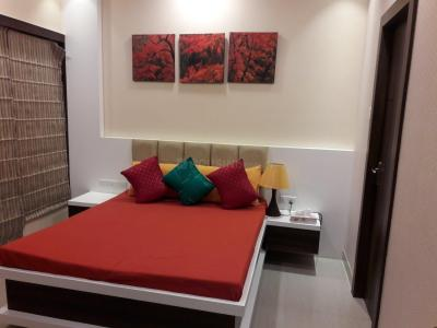 Gallery Cover Image of 1300 Sq.ft 3 BHK Apartment for rent in Tangra for 32000
