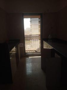 Gallery Cover Image of 640 Sq.ft 1 BHK Apartment for rent in Rosa Royale, Hiranandani Estate for 19000