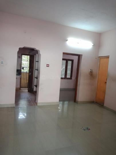 Living Room Image of 650 Sq.ft 1 BHK Independent House for rent in Mudichur for 5000