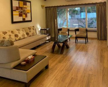 Gallery Cover Image of 1050 Sq.ft 2 BHK Apartment for rent in Bandra West for 105000