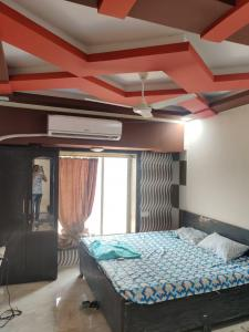 Gallery Cover Image of 340 Sq.ft 1 RK Apartment for rent in Golden Isle, Goregaon East for 13000