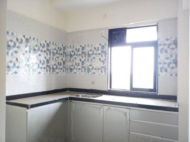 Kitchen Image of 645 Sq.ft 1 BHK Apartment for rent in Kalyan West for 8000