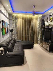 Gallery Cover Image of 1000 Sq.ft 2 BHK Apartment for rent in Fortaleza Apartment, Kalyani Nagar for 32000