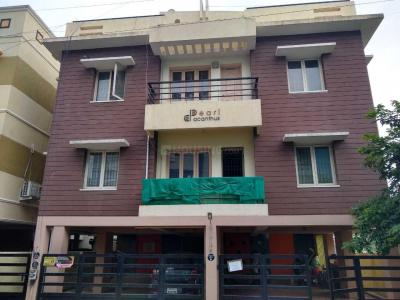 Gallery Cover Image of 1250 Sq.ft 3 BHK Apartment for rent in Pearl Acanthus, Perumbakkam for 17000