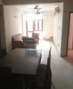 Gallery Cover Image of 1575 Sq.ft 3 BHK Apartment for rent in Jamia Nagar for 23000