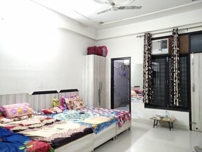 महादेव पीजी इन सेक्टर 17 के बेडरूम की तस्वीर