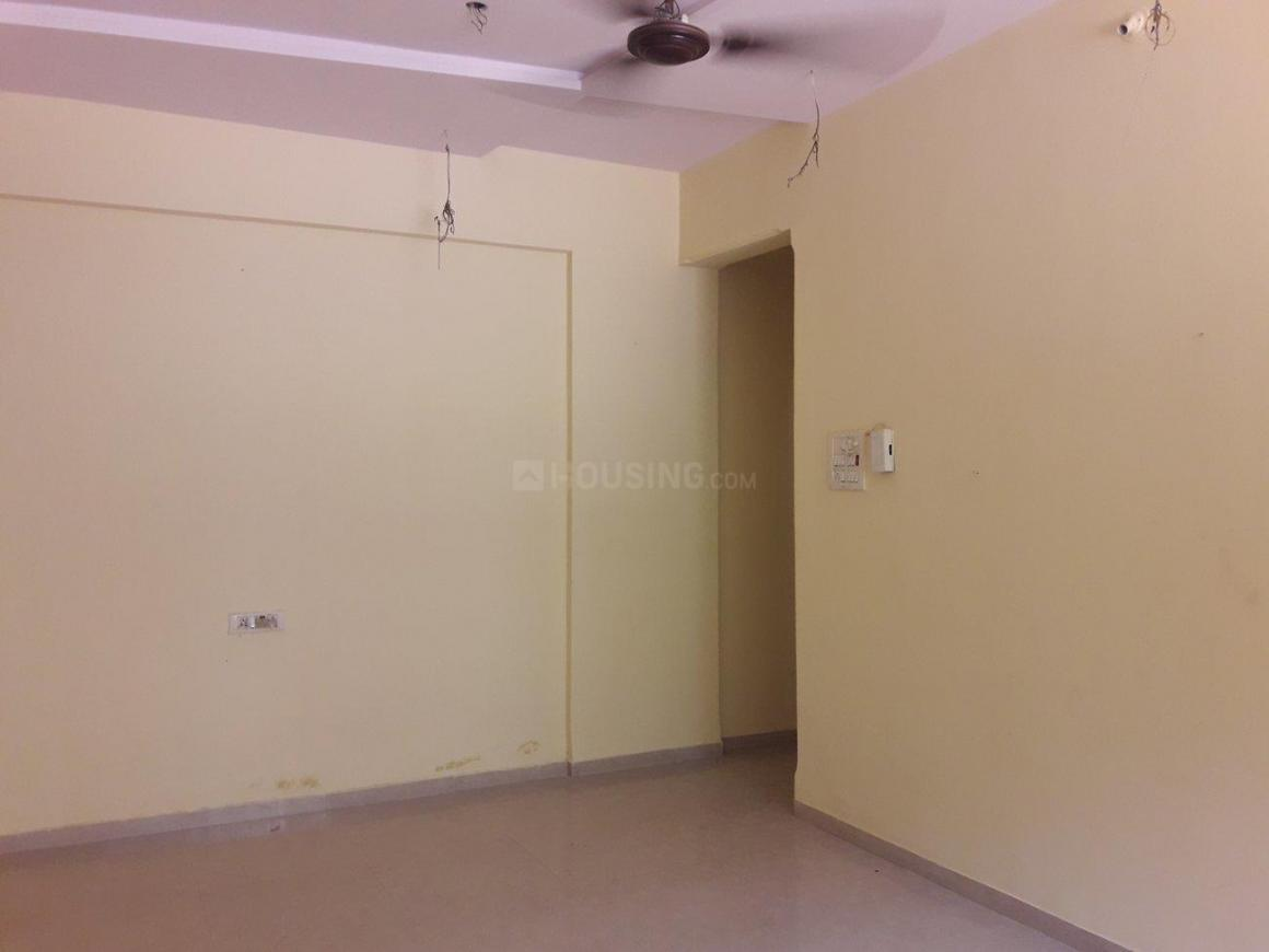 Living Room Image of 1048 Sq.ft 2 BHK Apartment for rent in Vasai West for 12500