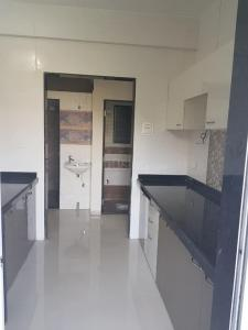 Gallery Cover Image of 600 Sq.ft 1 BHK Apartment for rent in Kandivali East for 18000