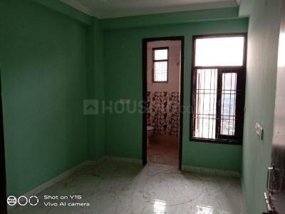 Gallery Cover Image of 400 Sq.ft 1 RK Apartment for rent in Sangam Vihar for 4000