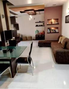 Gallery Cover Image of 2050 Sq.ft 3 BHK Apartment for rent in Ambawadi for 35000