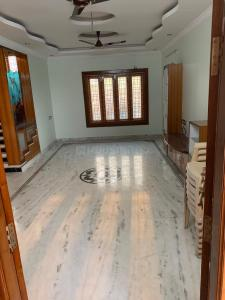 Gallery Cover Image of 2700 Sq.ft 3 BHK Apartment for rent in Kukatpally for 28000