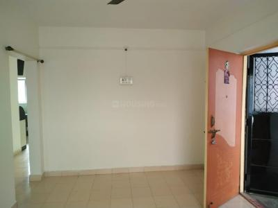 Gallery Cover Image of 760 Sq.ft 2 BHK Apartment for rent in Kapre Complex, Anand Nagar for 13500
