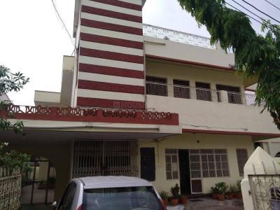 Gallery Cover Image of 2500 Sq.ft 3 BHK Independent House for rent in Beoharbagh for 11000