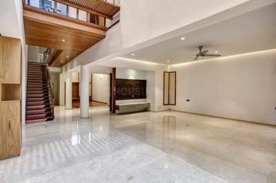 Gallery Cover Image of 7500 Sq.ft 4 BHK Villa for buy in RMV Extension Stage 2 for 240000000