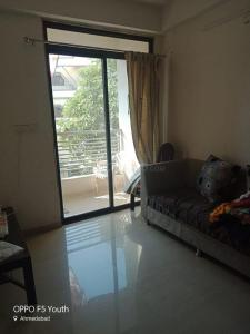 Gallery Cover Image of 1200 Sq.ft 1 BHK Apartment for rent in Shahibaug for 14000