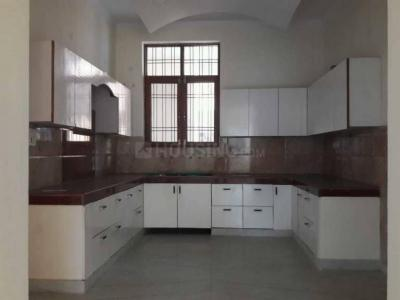 Gallery Cover Image of 1800 Sq.ft 3 BHK Independent House for rent in Sector 42 for 17000