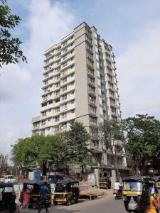 Gallery Cover Image of 800 Sq.ft 2 BHK Apartment for buy in Safal Shree Saraswati CHSL Plot 8B, Chembur for 18300000