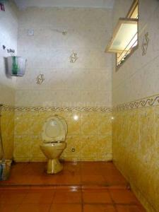 Bathroom Image of Rk PG Hostel - Men in Thoraipakkam