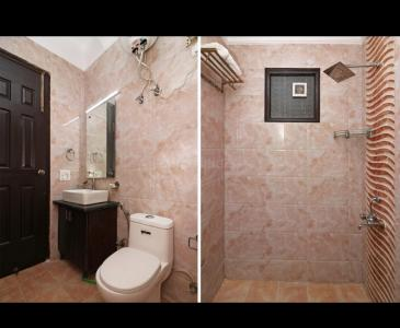 Bathroom Image of Shiv PG in DLF Phase 1