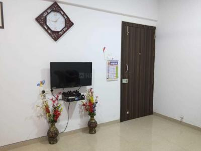 Gallery Cover Image of 1000 Sq.ft 2 BHK Apartment for rent in Pimple Gurav for 17000