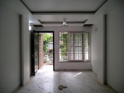 Gallery Cover Image of 2000 Sq.ft 4 BHK Apartment for rent in Vasant Kunj for 100000