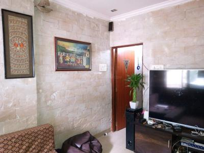 Gallery Cover Image of 570 Sq.ft 1 BHK Apartment for rent in Andheri West for 38000
