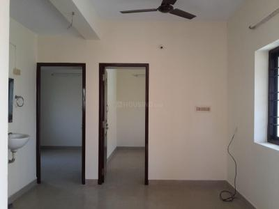 Gallery Cover Image of 600 Sq.ft 2 BHK Apartment for rent in Porur for 9500
