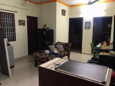 Gallery Cover Image of 750 Sq.ft 2 BHK Apartment for rent in Chitlapakkam for 15000