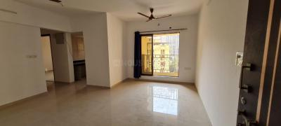 Gallery Cover Image of 950 Sq.ft 2 BHK Apartment for rent in Cosmos Cosmos Jewels, Thane West for 19000