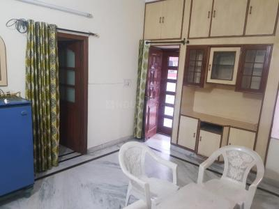 Gallery Cover Image of 600 Sq.ft 2 BHK Independent House for rent in Manimajra for 14000