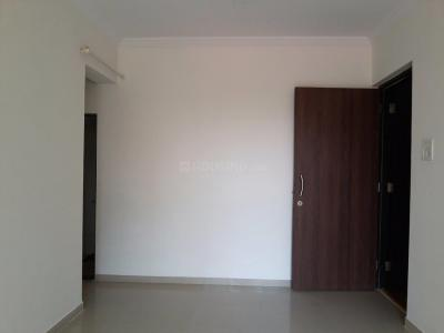 Gallery Cover Image of 650 Sq.ft 2 BHK Apartment for rent in Thane West for 17000