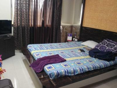 Gallery Cover Image of 1050 Sq.ft 2 BHK Apartment for rent in Santacruz East for 62000