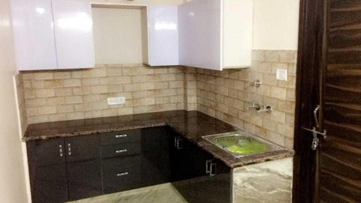 Kitchen Image of Royal Girls PG in Laxmi Nagar