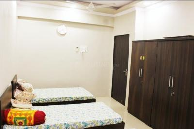 Bedroom Image of Beehive Student Hostel For Girls in Juhu