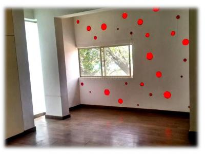 Gallery Cover Image of 1200 Sq.ft 1 BHK Apartment for rent in Raheja Residency, Koramangala for 25000